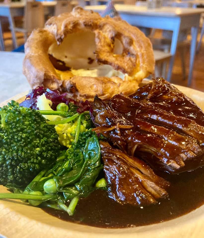 Roast Dinner Manchester - Alberts Schloss