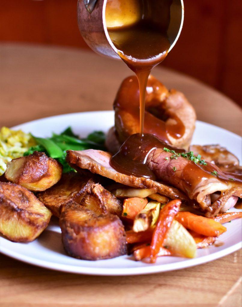 roast dinner edinburgh - Badger & Co