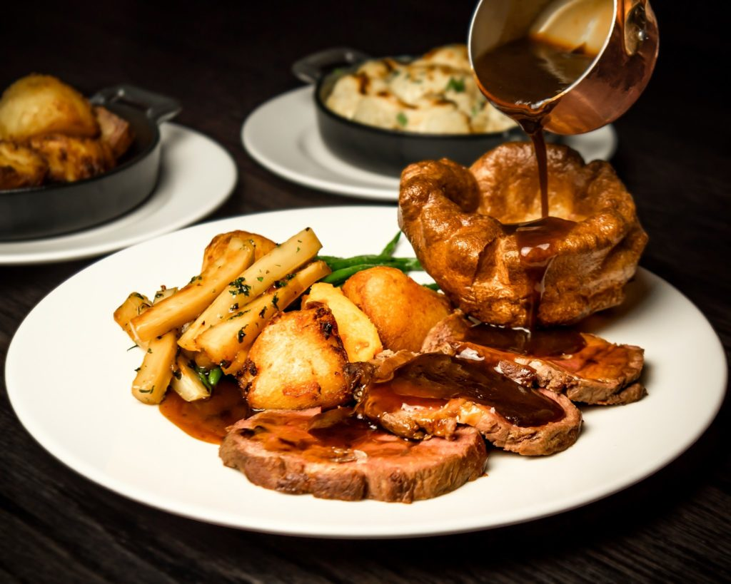 Sunday Roast Manchester - Dakota Grill
