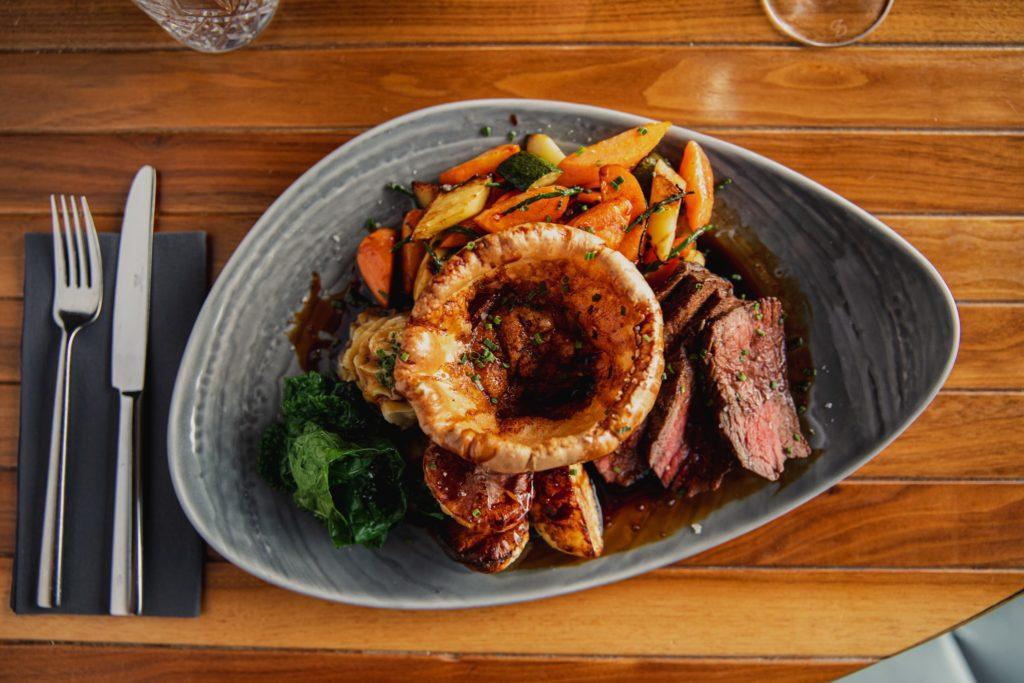 best roast dinner Edinburgh - The Shore Grill